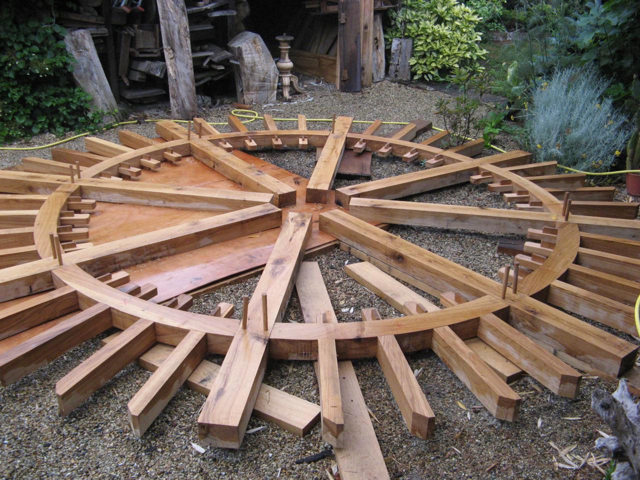 Construction d'une roue de moulin en chêne