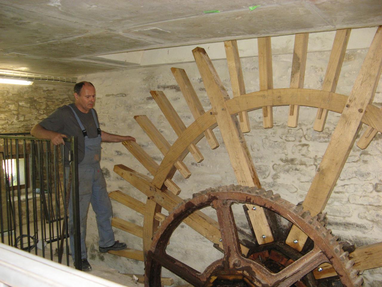 Roue de moulin en cours