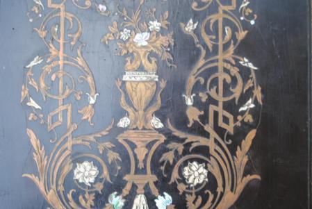 Marqueterie NIII, poirier noirci, laiton, ivoire