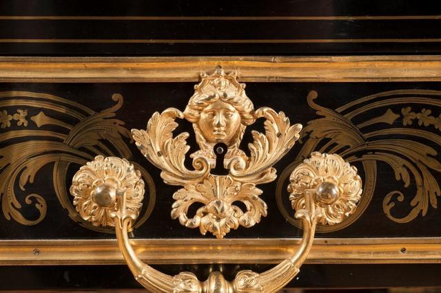 Atelier D.HERMAND restauration de meubles anciens, ébénisterie d'art, Hauts-de-France, Paris, Oise, Val d'Oise, Seine et Marne, Aisne. Tel : 07 61 98 39 43  - 03 44 54 49 65